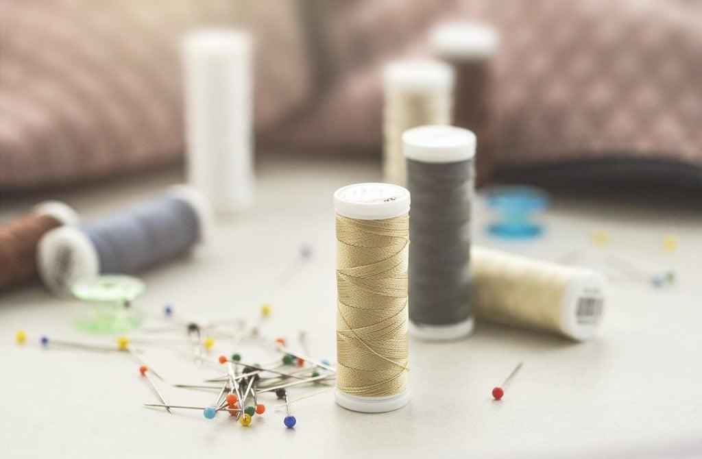 lavar la ropa antes de coser