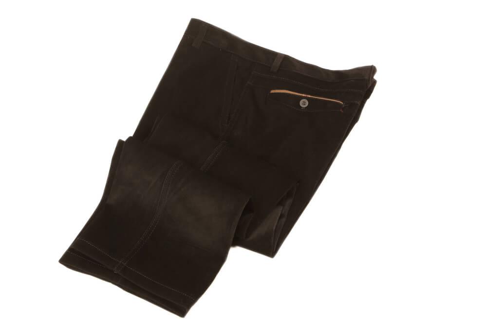 Pantalón vaquero con raya